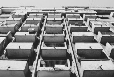 jak urządzić balkon w bloku