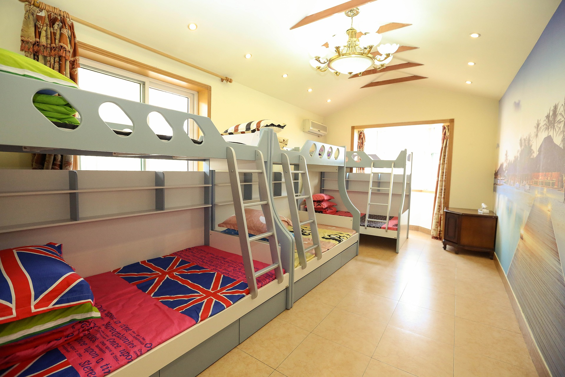 Trzyosobowe Piętrowe łóżko