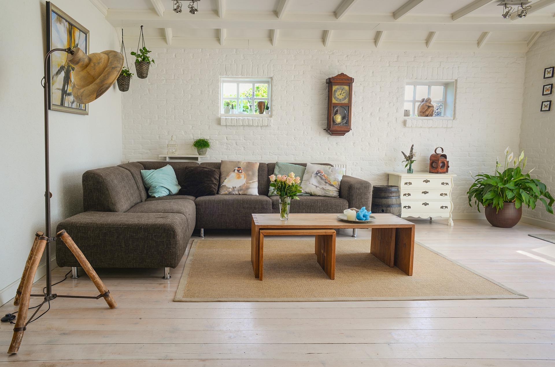 sofa z funkcją spania codziennego i pojemnikiem na pościel