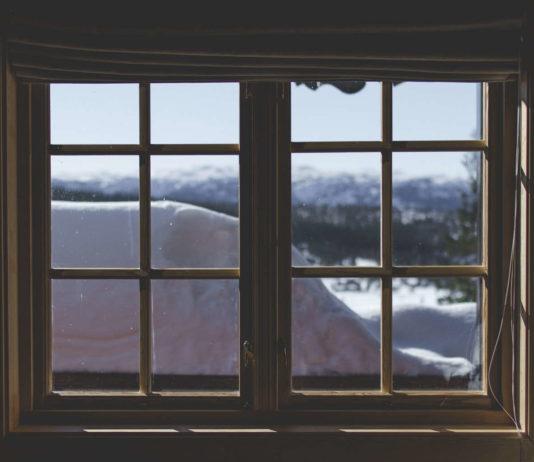 Okna przesuwne drewniano-aluminiowe – najlepsze do większych przeszkleń