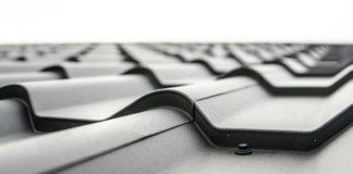 Dachówka ceramiczna czy betonowa – jaką wybrać?