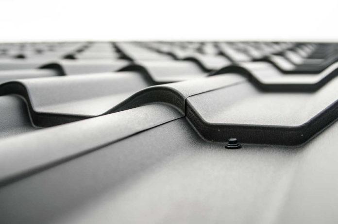 Dachówka ceramiczna czy betonowa - jaką wybrać