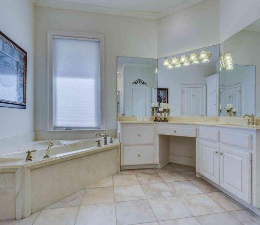 Grzejniki łazienkowe chromowane – top 6 najciekawszych modeli