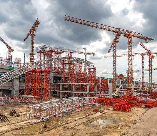 Żuraw hydrauliczny- Zastosowanie, działanie, budowa