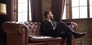 Jak wybrać idealną sofę biurową