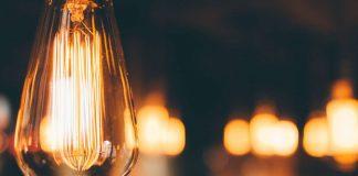 Jak przy pomocy światła budować klimat domu