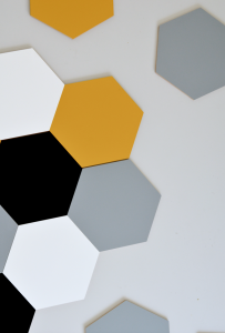 panel-scienny-hexagon-bialy-duzy.jpg