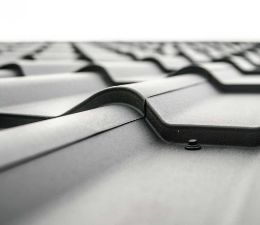 Dachy z blachodachówki – popularne i praktycznie rozwiązanie