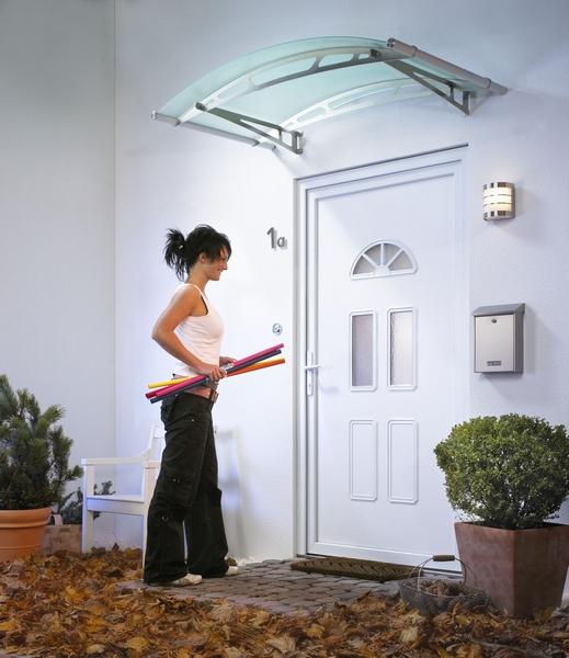 Daszki nad drzwi, jaki wybrać, na co zwracać uwagę