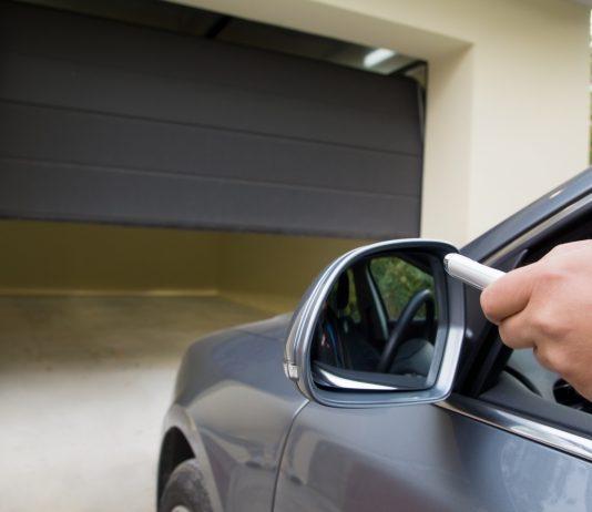 Funkcjonalna i bezpieczna brama garażowa w przystępnej cenie